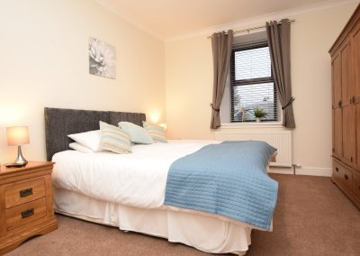 Carlingwark House - Bedroom - super-king-size